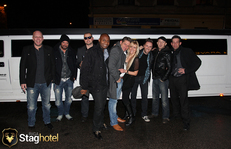 Riga limo party ride